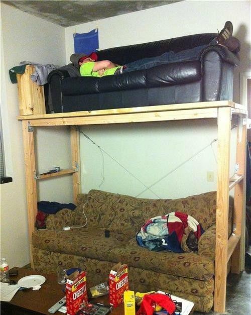 Двухэтажный диван